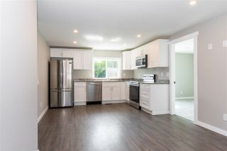 Photo 4: 274 CARIBOO Avenue in Hope: Hope Center House for sale : MLS®# R2486567