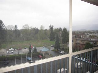 """Photo 1: 601 12148 224 Street in Maple Ridge: East Central Condo for sale in """"PANORAMA"""" : MLS®# R2158878"""
