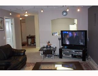 Photo 5: 408 2439 WILSON Avenue in Port_Coquitlam: Central Pt Coquitlam Condo for sale (Port Coquitlam)  : MLS®# V675180