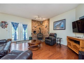 Photo 13: 28344 HARRIS Road in Abbotsford: Bradner House for sale : MLS®# R2612982