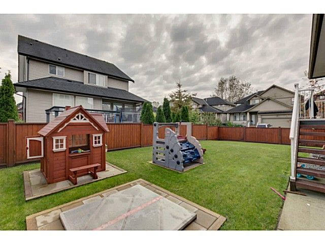 """Photo 18: Photos: 11220 BLANEY Crescent in Pitt Meadows: South Meadows House for sale in """"Bonson Landing"""" : MLS®# V1091417"""