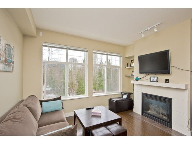 "Main Photo: 108 3260 ST JOHNS Street in Port Moody: Port Moody Centre Condo for sale in ""THE SQUARE"" : MLS®# V974508"