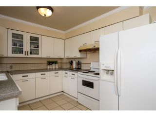 """Photo 8: 2070 FOSTER Avenue in Coquitlam: Central Coquitlam House for sale in """"CENTRAL COQUITLAM"""" : MLS®# V1110577"""