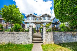 Photo 2: 423 E 49TH Avenue in Vancouver: Fraser VE House for sale (Vancouver East)  : MLS®# R2594214
