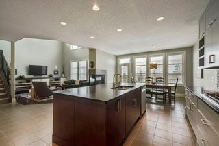 Photo 10: 30 WEXFORD Crescent SW in Calgary: West Springs Detached for sale : MLS®# C4306376