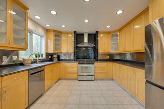 Photo 10: 1011 116 Street in Edmonton: Zone 16 House for sale : MLS®# E4245930