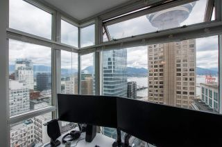 """Photo 16: 2607 438 SEYMOUR Street in Vancouver: Downtown VW Condo for sale in """"Conference Plaza"""" (Vancouver West)  : MLS®# R2574733"""