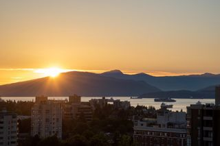 """Photo 21: 11 1350 W 14TH Avenue in Vancouver: Fairview VW Condo for sale in """"THE WATERFORD"""" (Vancouver West)  : MLS®# R2617277"""