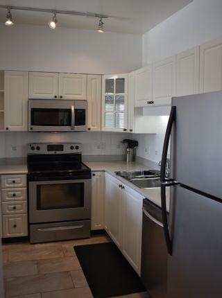 "Photo 8: 302 8080 JONES Road in Richmond: Brighouse South Condo for sale in ""VICTORIA PARK"" : MLS®# R2446492"