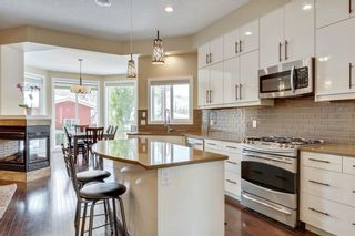 Photo 3: 4619 84 Street NW in Calgary: Bowness Semi Detached for sale : MLS®# C4271032