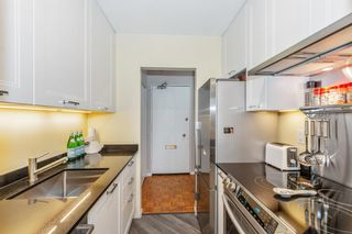 """Photo 8: 307 2025 W 2ND Avenue in Vancouver: Kitsilano Condo for sale in """"THE SEABREEZE"""" (Vancouver West)  : MLS®# R2620558"""