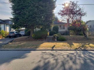 Photo 1: 4336 CARLETON Avenue in Burnaby: Burnaby Hospital House for sale (Burnaby South)  : MLS®# R2305007