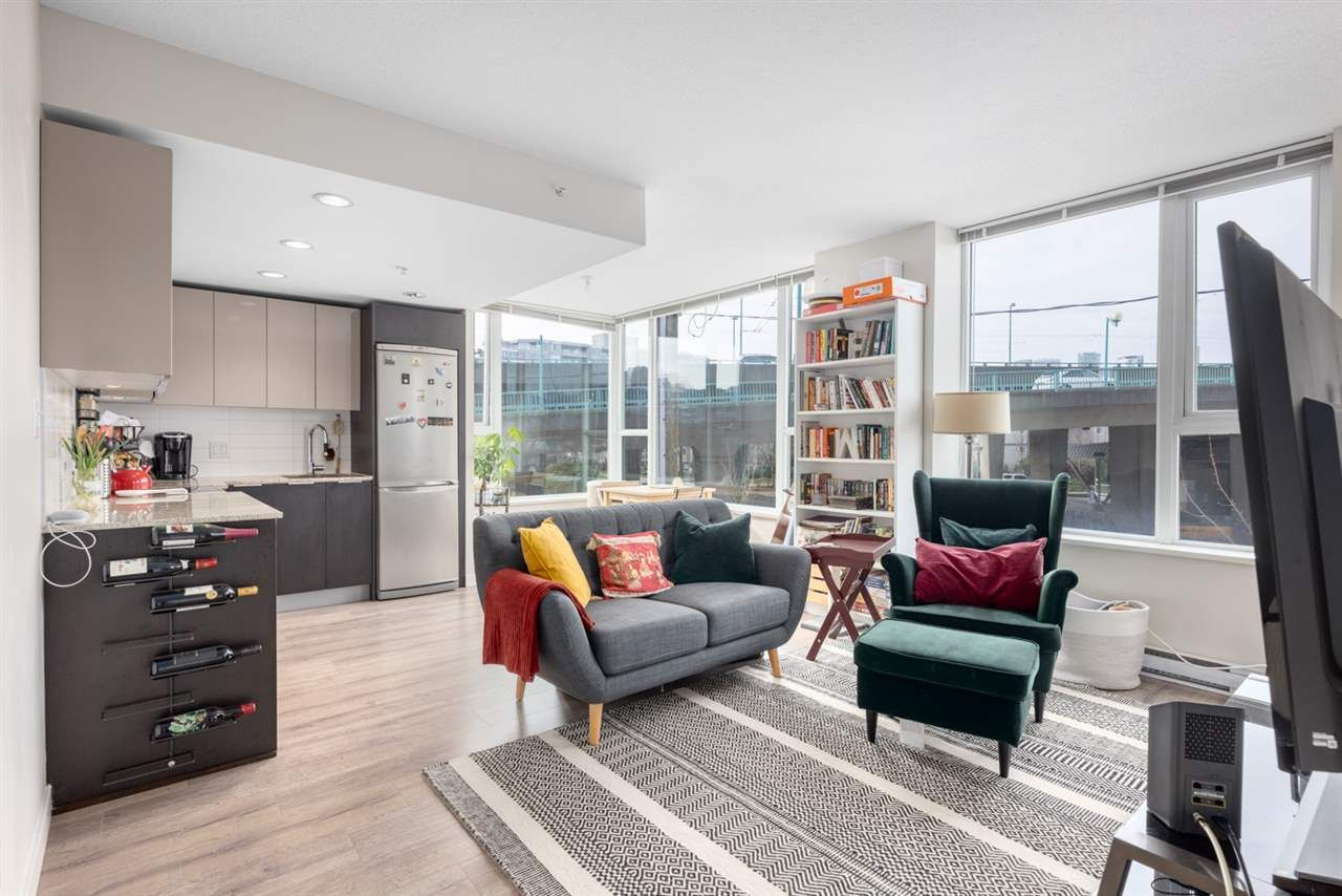 """Main Photo: 305 1919 WYLIE Street in Vancouver: False Creek Condo for sale in """"Maynards Block"""" (Vancouver West)  : MLS®# R2589947"""