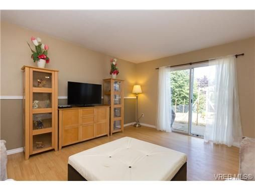 Photo 4: Photos: 23 10070 Fifth St in SIDNEY: Si Sidney North-East Row/Townhouse for sale (Sidney)  : MLS®# 739544
