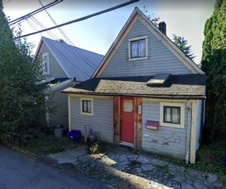 Main Photo: 222 E 3RD Street in North Vancouver: Lower Lonsdale House for sale : MLS®# R2543071