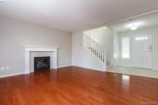 Photo 7: 14 Cahilty Lane in VICTORIA: VR Six Mile House for sale (View Royal)  : MLS®# 771497