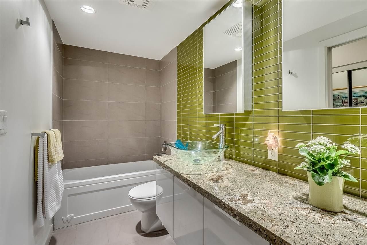 """Photo 11: Photos: 2503 128 W CORDOVA Street in Vancouver: Downtown VW Condo for sale in """"WOODWARDS W43"""" (Vancouver West)  : MLS®# R2199379"""