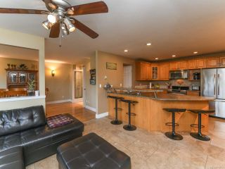 Photo 15: 2096 May Rd in COMOX: CV Comox Peninsula House for sale (Comox Valley)  : MLS®# 813161