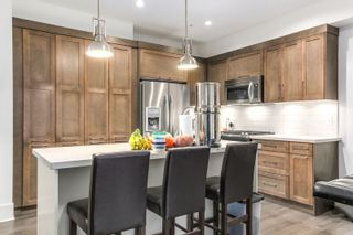 """Photo 5: 81 12161 237 Street in Maple Ridge: East Central Townhouse for sale in """"VILLAGE GREEN"""" : MLS®# R2226728"""