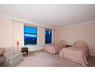 """Photo 15: 16 1861 BEACH Avenue in Vancouver: West End VW Condo for sale in """"Sylvia Tower"""" (Vancouver West)  : MLS®# V1068399"""