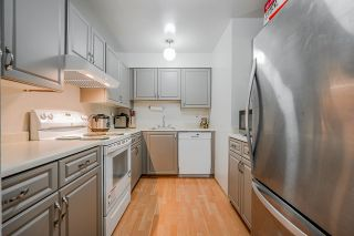 Photo 12: 107 10680 151A Street in Surrey: Guildford Condo for sale (North Surrey)  : MLS®# R2433839