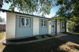 Photo 3: 143 Gemini Avenue in Winnipeg: North Kildonan Residential for sale (3F)  : MLS®# 202019006