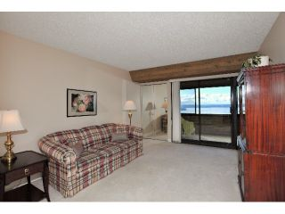 Photo 5: # 67 2212 FOLKESTONE WY in West Vancouver: Panorama Village Condo for sale : MLS®# V966303