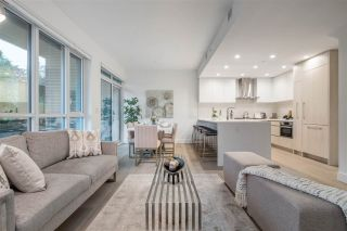 """Photo 1: TH1 230 CHESTERFIELD Avenue in North Vancouver: Lower Lonsdale Townhouse for sale in """"West Third"""" : MLS®# R2510476"""