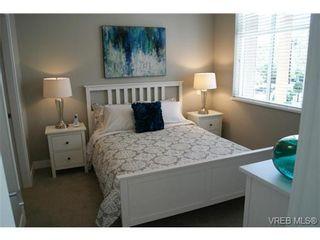 Photo 11: 402 1540 Belcher Ave in VICTORIA: Vi Jubilee Condo for sale (Victoria)  : MLS®# 711918