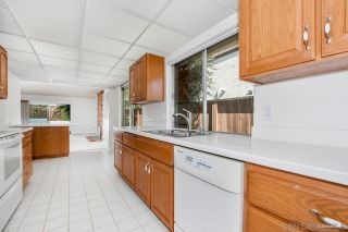Photo 2: BAY PARK House for sale : 4 bedrooms : 3130 Erie St in San Diego