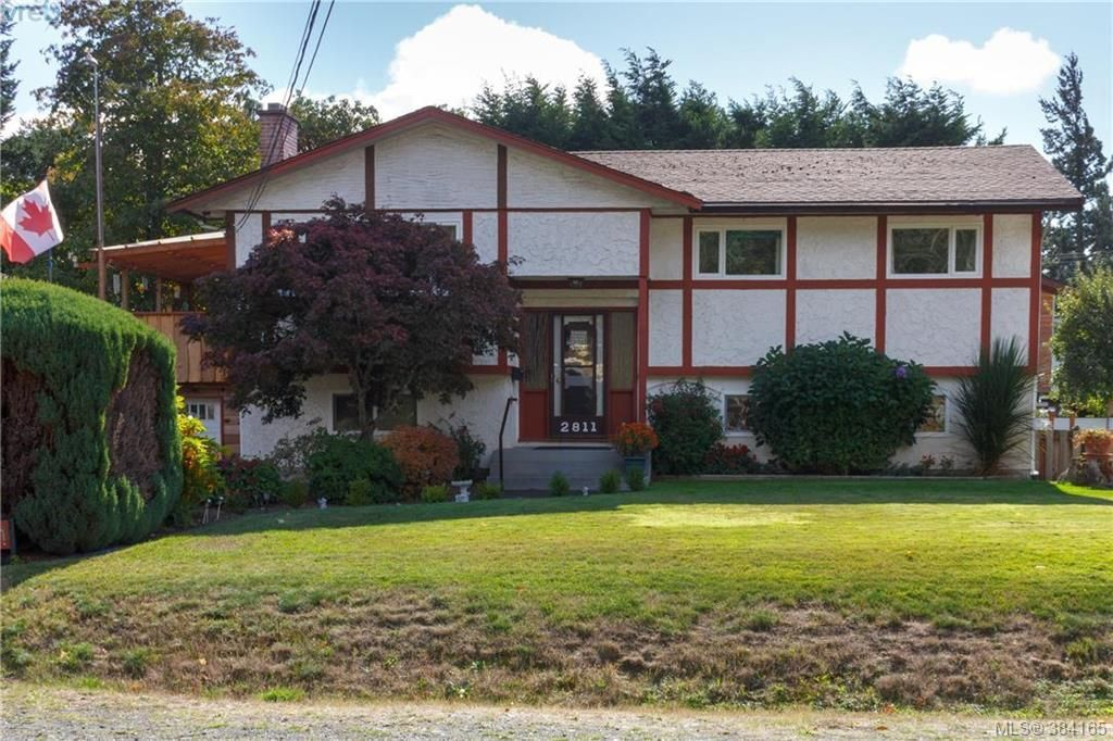 Main Photo: 2811 Ronald Rd in VICTORIA: La Glen Lake House for sale (Langford)  : MLS®# 772116