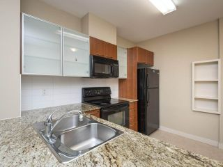 """Photo 9: 526 4078 KNIGHT Street in Vancouver: Knight Condo for sale in """"EDGE"""" (Vancouver East)  : MLS®# R2512910"""