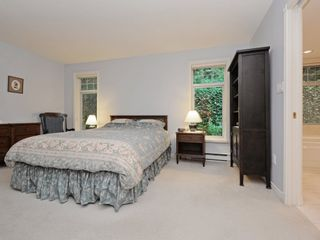 """Photo 9: 110 1140 STRATHAVEN Drive in North Vancouver: Northlands Condo for sale in """"Strathaven"""" : MLS®# R2178970"""