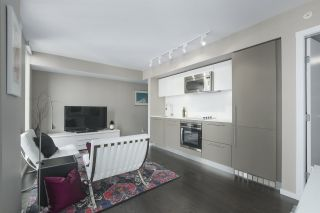 Photo 2: 1101 999 SEYMOUR Street in Vancouver: Downtown VW Condo for sale (Vancouver West)  : MLS®# R2346495