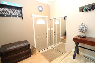 Photo 2: 814 Matheson Drive in Saskatoon: Massey Place Residential for sale : MLS®# SK773540