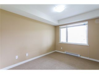 """Photo 10: 306 2373 ATKINS Avenue in Port Coquitlam: Central Pt Coquitlam Condo for sale in """"CARMANDY"""" : MLS®# V1069079"""