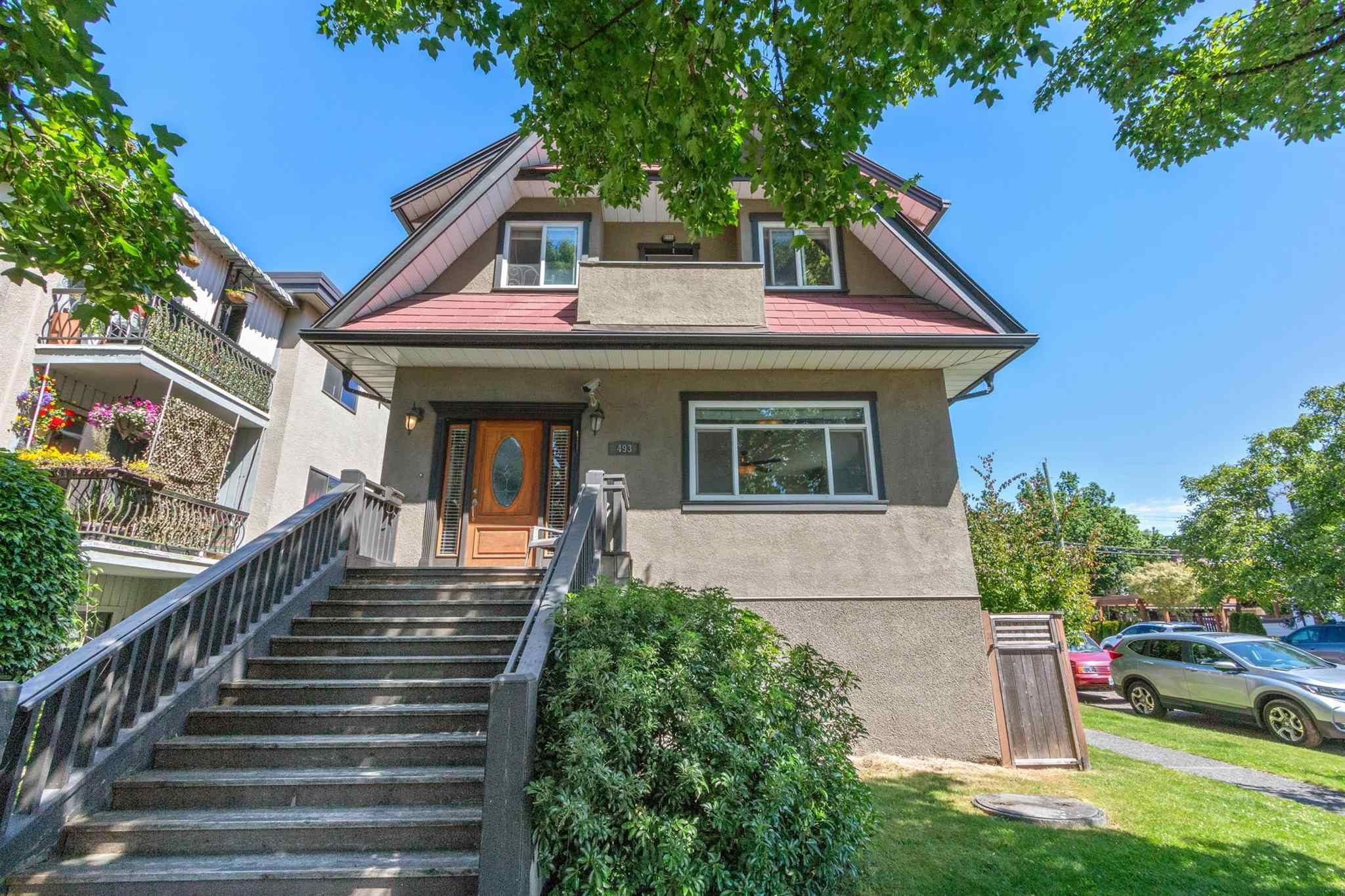 Main Photo: 493 E 44TH Avenue in Vancouver: Fraser VE House for sale (Vancouver East)  : MLS®# R2617982