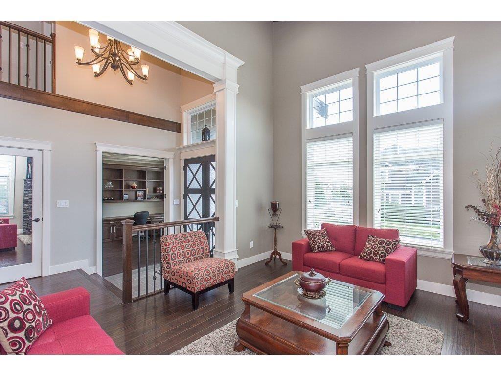 Photo 10: Photos: 18815 53A Avenue in Surrey: Cloverdale BC House for sale (Cloverdale)  : MLS®# R2272944