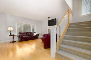Photo 4: 242 STRATHRIDGE Place SW in Calgary: Strathcona Park Detached for sale : MLS®# C4246259