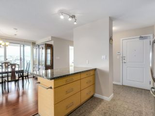 """Photo 9: 2804 2225 HOLDOM Avenue in Burnaby: Central BN Condo for sale in """"LEGACY TOWER 1"""" (Burnaby North)  : MLS®# R2071147"""