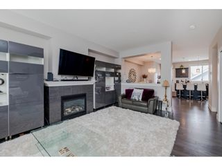 """Photo 5: 21031 79A Avenue in Langley: Willoughby Heights Condo for sale in """"Kingsbury at Yorkson South"""" : MLS®# R2448587"""