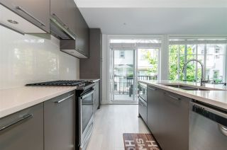 """Photo 4: 63 8217 204B Street in Langley: Willoughby Heights Townhouse for sale in """"Everly Green"""" : MLS®# R2485822"""