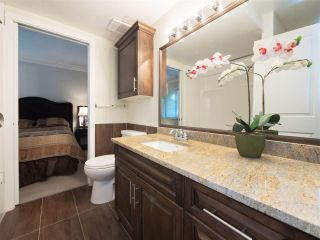 """Photo 12: 32 9101 FOREST GROVE Drive in Burnaby: Forest Hills BN Townhouse for sale in """"ROSSMOOR"""" (Burnaby North)  : MLS®# R2192598"""
