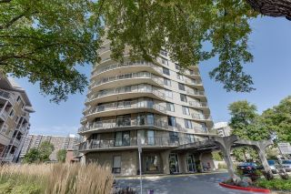 Photo 3: 1704 11710 100 Avenue in Edmonton: Zone 12 Condo for sale : MLS®# E4248208