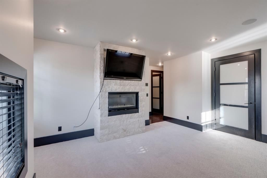 Photo 26: Photos: 610 22 Avenue SW in Calgary: Cliff Bungalow Semi Detached for sale : MLS®# A1094360