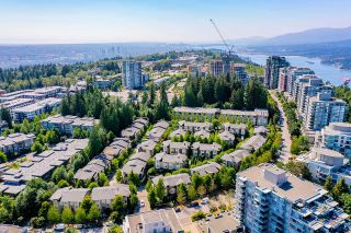 """Photo 35: 21 9229 UNIVERSITY Crescent in Burnaby: Simon Fraser Univer. Townhouse for sale in """"SERENITY"""" (Burnaby North)  : MLS®# R2602997"""