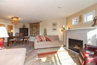 Photo 8: 209 1083 Tillicum Rd in VICTORIA: Es Kinsmen Park Condo for sale (Esquimalt)  : MLS®# 806910