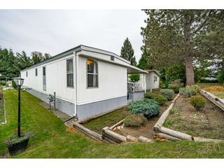 """Photo 33: 108 15875 20 Avenue in Surrey: King George Corridor Manufactured Home for sale in """"Sea Ridge Bays"""" (South Surrey White Rock)  : MLS®# R2512573"""