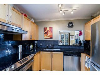 Photo 7: 14 838 TOBRUCK Avenue in North Vancouver: Hamilton Townhouse for sale : MLS®# V1095285