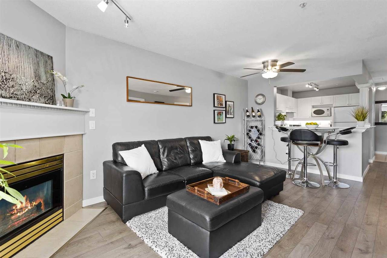 Main Photo: 311 1669 GRANT AVENUE in Port Coquitlam: Glenwood PQ Condo for sale : MLS®# R2488129
